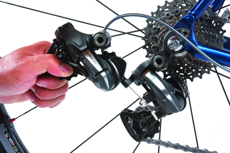 Installing Shimano Di2 Electronic Components Road Bike
