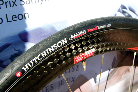 Bikes And More Hutchinson Hutchinson Intensive Tubeless