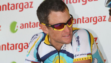 Armstrong_Stage19_roadbikeaction.jpg