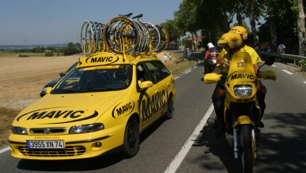 Mavic_contest_win_a_ride_in_service_car
