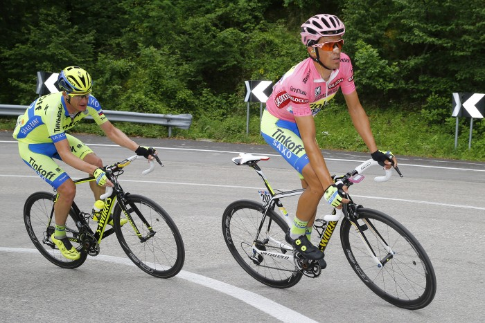 Despite his injury sustained in a crash on Stage 6, overall leader Alberto Contador looked relatively comfortable throughout Saturday's Stage 8.