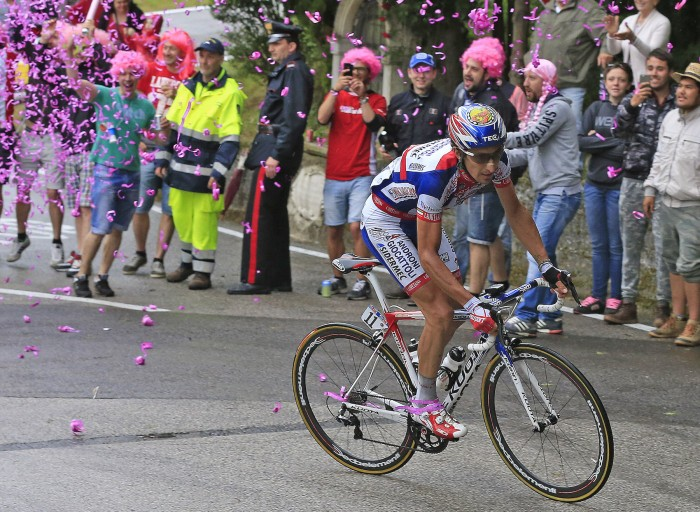 Franco Pellizotti launched an attack towards the end of the stage, but was eventually reeled back in by the peloton.