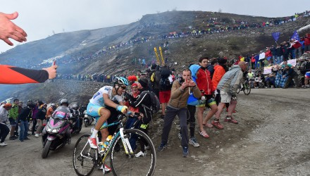 Stage 20 of the Giro d'Italia featured the incredible ascent of the dirt roads of the Colle delle Finestre.