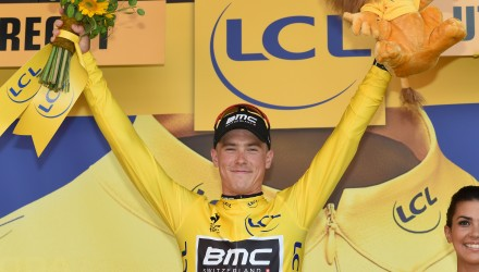 And with his win at the opening time trial, BMC's Rohan Dennis becomes the latest Australian to wear the yellow jersey, which he'll carry into tomorrow's second stage.