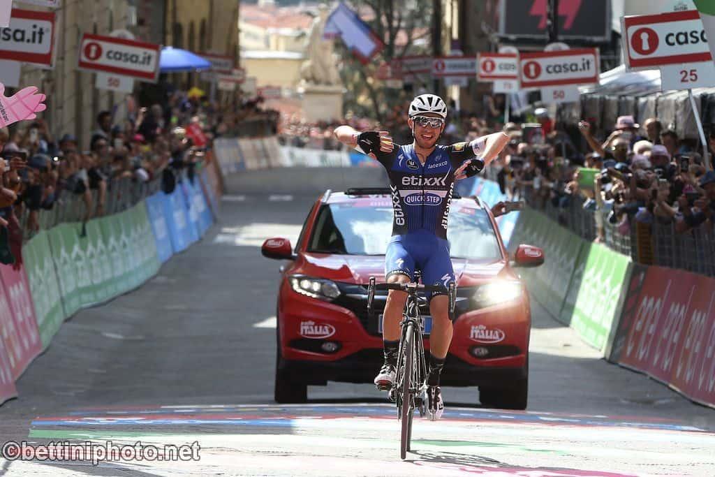 623350643 Giro d Italia 2016 - 99a Edizione -8a tappa Foligno - Arezzo 186 km - 14 05  2016 - Gianluca Brambilla (Etixx - Quick Step) - foto Ilario ...