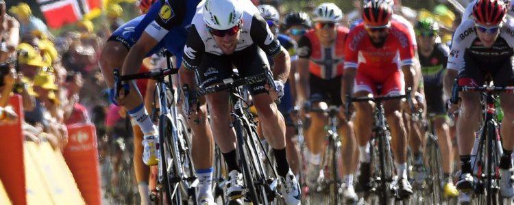 Tour de France 2016 - 103a Edizione - 14a tappa Montelimar - Villars les Dombes Parc des Oiseaux 208.5 km - 16/07/2016 - Mark Cavendish (Dimension Data) - Marcel Kittel (Etixx - Quick Step) - foto Graham Watson/BettiniPhoto©2016