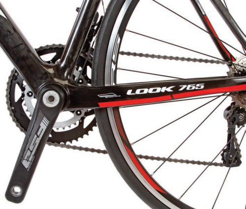 FSA adds to the build with their Omega aluminum crankset, in addition to providing the handlebar and stem.