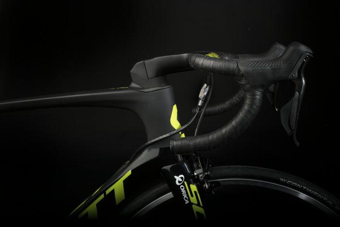 orica-scott-foil-rc_detail-shots_bike_2017_scott-sports-1