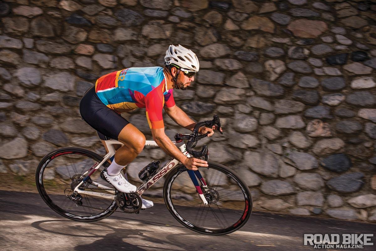 05002b1f4fb Bike Test: Basso Diamante SV Disc | Road Bike Action