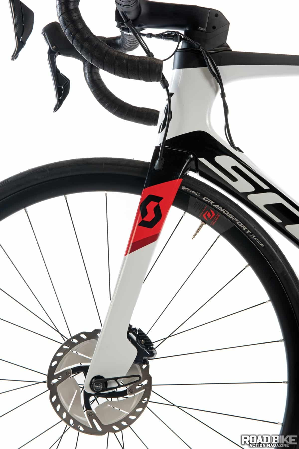 Bike Test Scott Foil Road Bike Action
