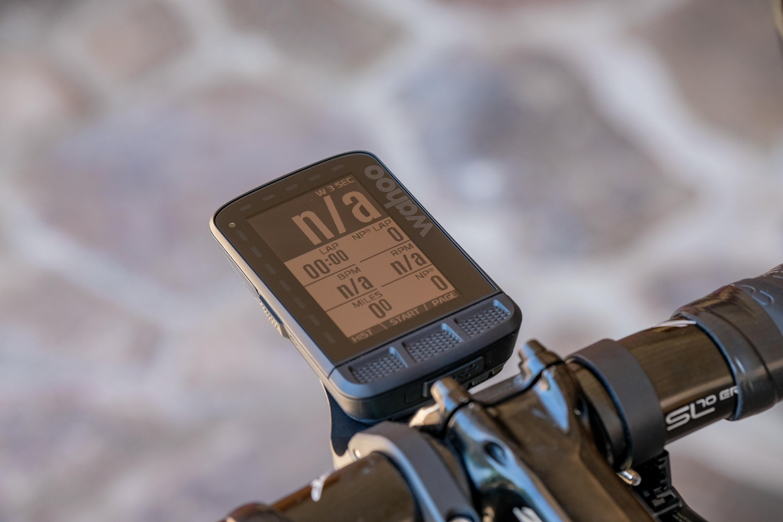 First Ride: Wahoo Elemnt Roam   Road Bike Action