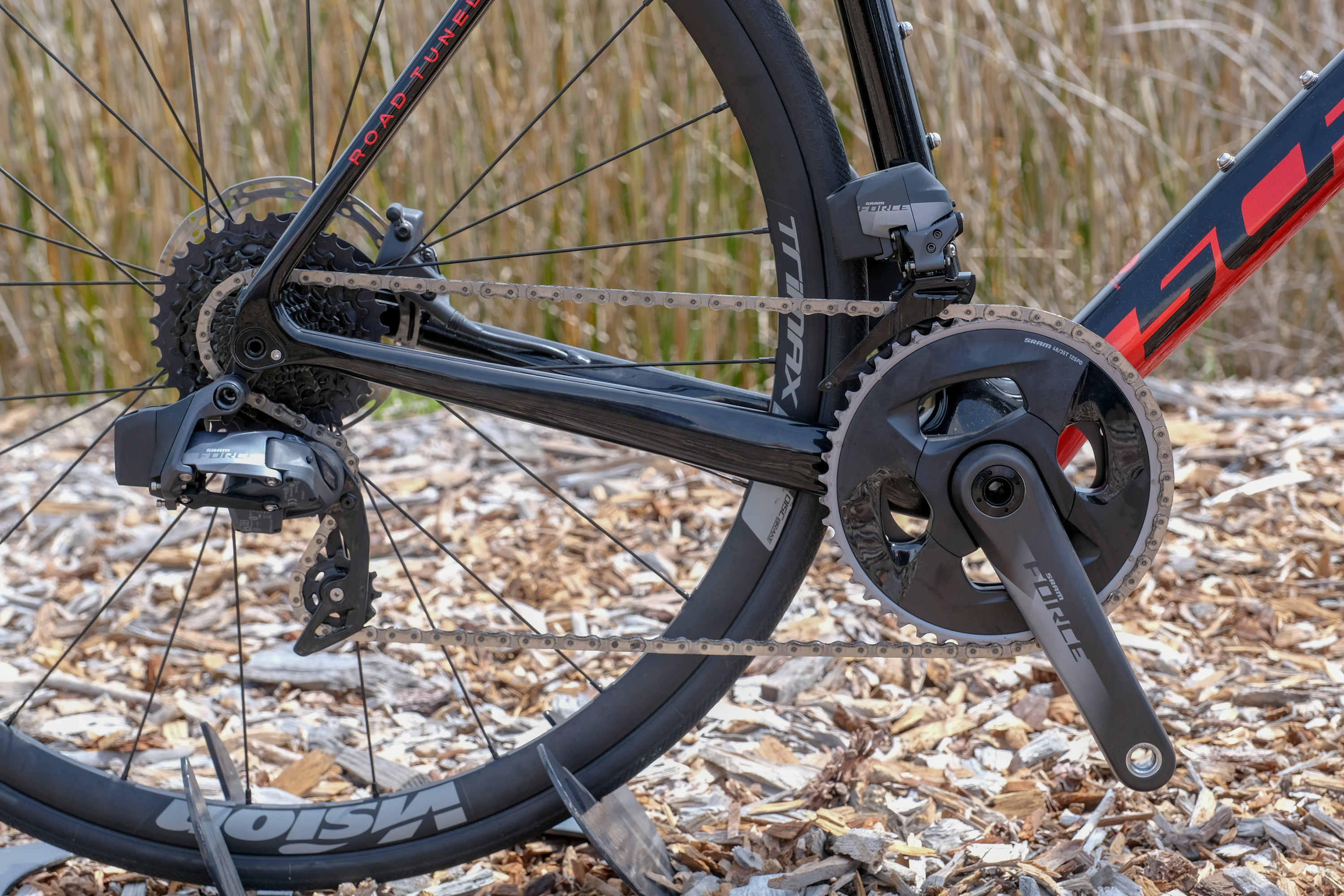 8c2359747e1 First Look: Schwinn Paramount Carbon | Road Bike Action