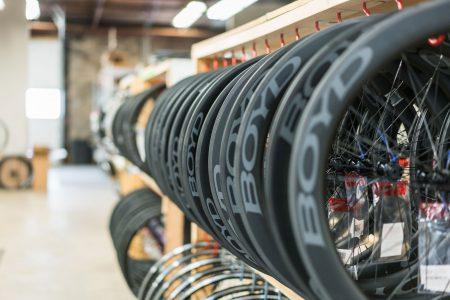 ロード バイク タイヤ 空気圧