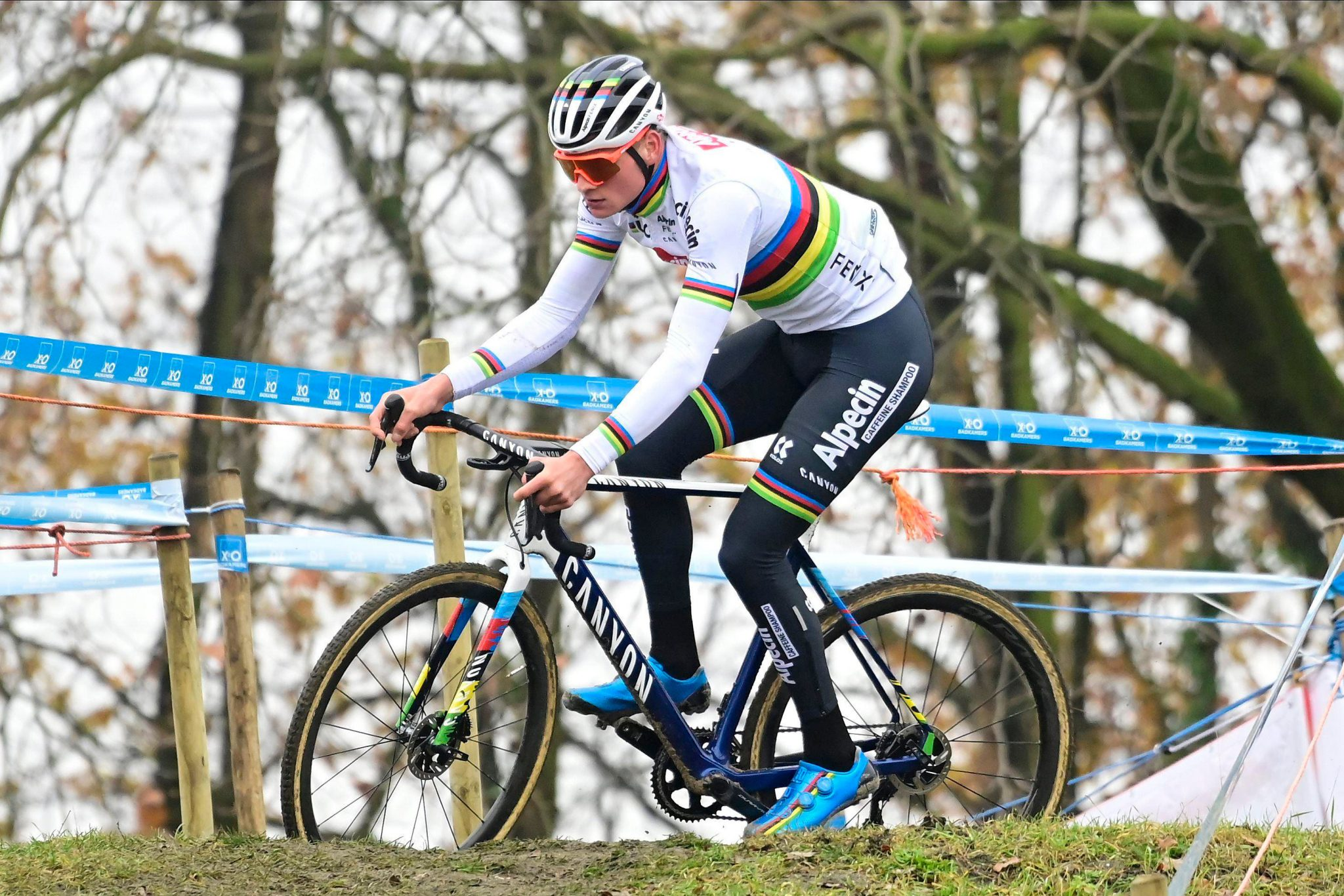 Mathieu van der Poel cross bettiniphoto scaled - 10 grandes protagonistas del ciclocross 2020-21