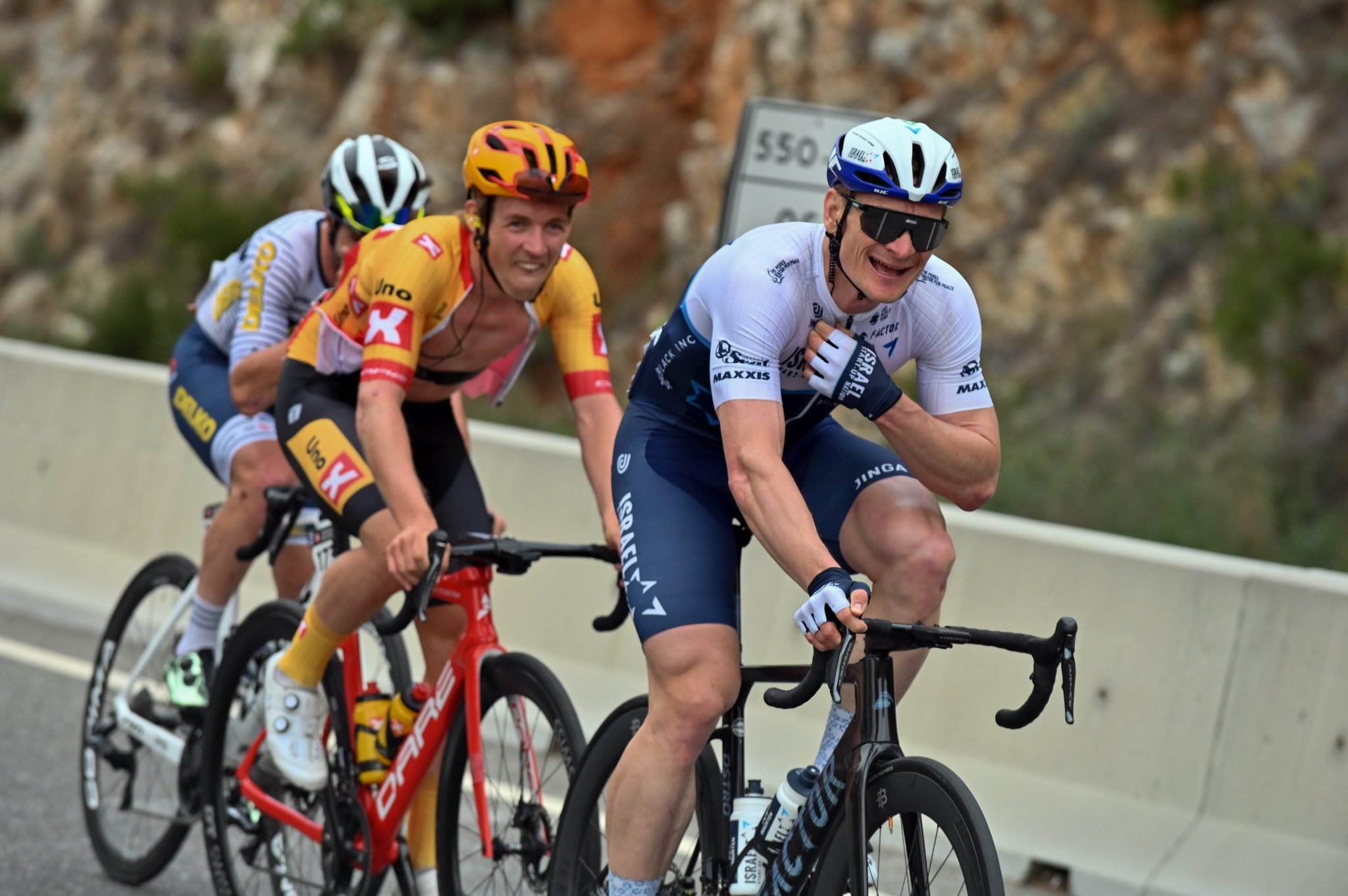 PHILIPSEN OUTSPRINTS CAV AND GREIPEL — TOUR OF TURKEY 2021 STAGE 7 RESULTS